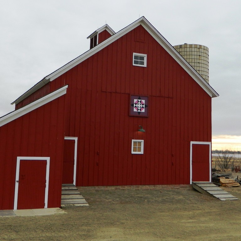 Big Quilt on the Big Red Barn